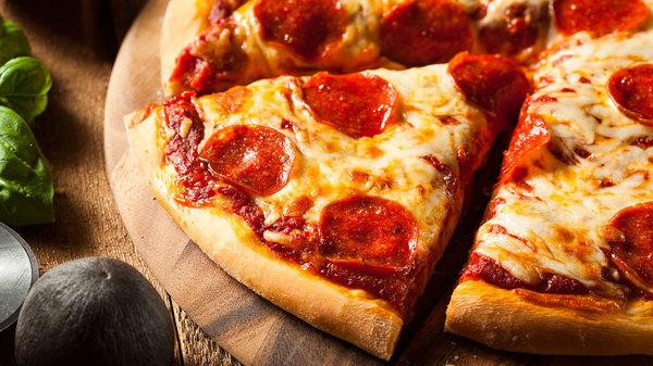 Med thumb acid dreams pizza