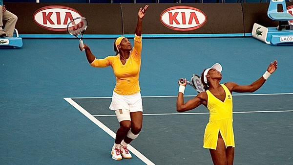 Med thumb williams sisters serve  1