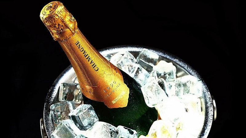 Champagne Correct Temperature