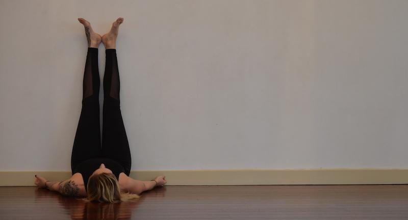 Legsupthewall_yogaforsleep